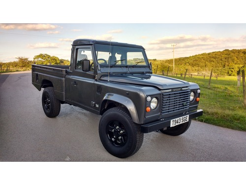 1999 t land rover defender 110 hi capacity pick up 300tdi simply superb diller 39 s 4x4s. Black Bedroom Furniture Sets. Home Design Ideas